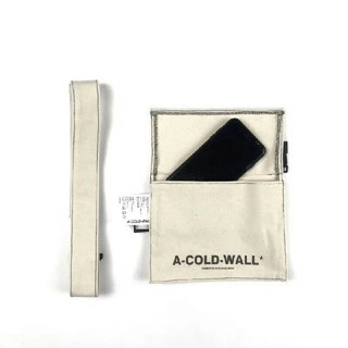 オフホワイト(OFF-WHITE)のa cold wall バッグ(ショルダーバッグ)