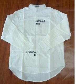 コムデギャルソン(COMME des GARCONS)のCOMME des GARCONS  メンズ シャツ ホワイト コーデ(Tシャツ(半袖/袖なし))
