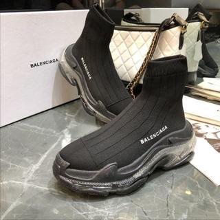 バレンシアガ(Balenciaga)の新品 人気 エアースニーカー バレンシア 黒 メンズ ファッション(スニーカー)