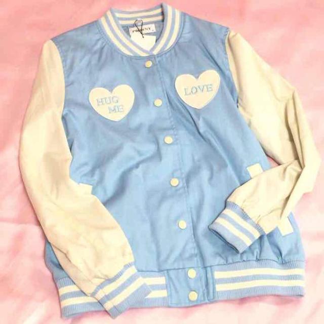 WEGO(ウィゴー)のWEGO ハートスカジャン ブルー レディースのジャケット/アウター(スカジャン)の商品写真