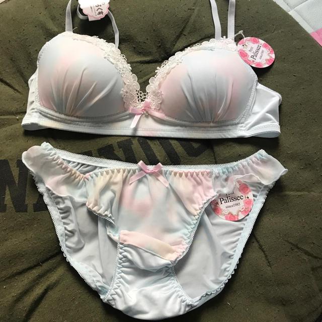 ブラセット レディースの下着/アンダーウェア(ブラ&ショーツセット)の商品写真