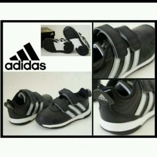 アディダス(adidas)の新品 アディダス 黒シルバー系13cm(スニーカー)