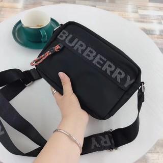BURBERRY - Burberry   ババリー    ショルダーバッグ