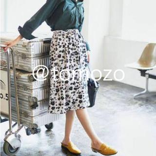 GU - 【新品】GUジーユー★リボン付フレアスカート★フラワー小花柄(白x黒)S