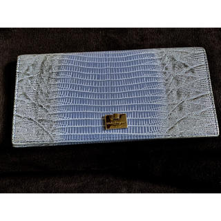 Salvatore Ferragamo - フェラガモのリザード型押しの長財布