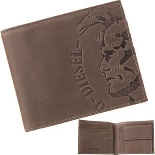 ディーゼル(DIESEL)の【新品】 ディーゼル 二つ折り財布 エンボスロゴ グレー(折り財布)