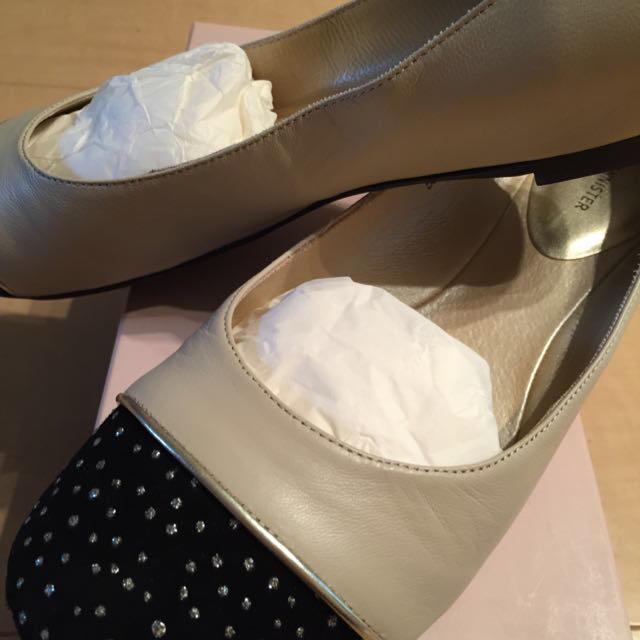 AU BANNISTER(オゥバニスター)の靴 AU BANNISTER 24.0 レディースの靴/シューズ(ハイヒール/パンプス)の商品写真
