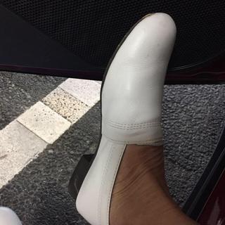 サヤ(SAYA)のサヤスリッポン  22.5(ローファー/革靴)
