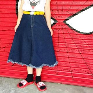 メルロー(merlot)のスカラップフリンジデニムスカート(ロングスカート)
