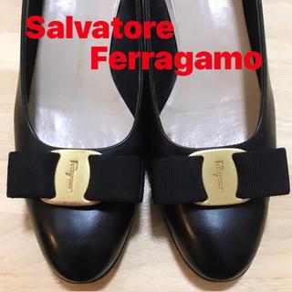 Salvatore Ferragamo - フェラガモ  Vara パンプス