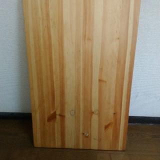 ムジルシリョウヒン(MUJI (無印良品))のパイン材ローテーブル・折りたたみ式 幅80×奥行50×高さ35cm (ローテーブル)