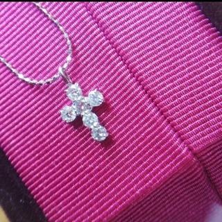 ダイヤモンド K18 クロスネックレス