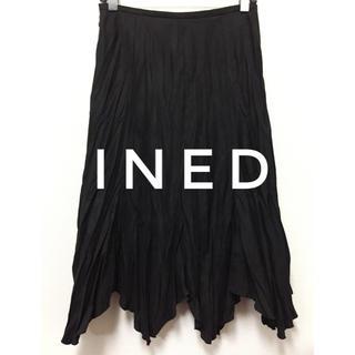 イネド(INED)のINED【新品、未使用】変形 シワ加工 フェイクスエード ロング スカート(ひざ丈スカート)