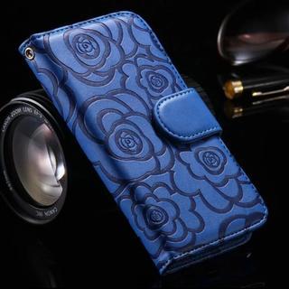 お洒落 iPhone7 iPhone8 ブルー バラ柄 手帳型ケース