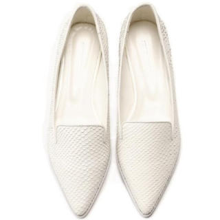 ピンキーアンドダイアン(Pinky&Dianne)の新品 定価27000円 大特価‼️ 本革シューズ ホワイトor シルバー(ローファー/革靴)