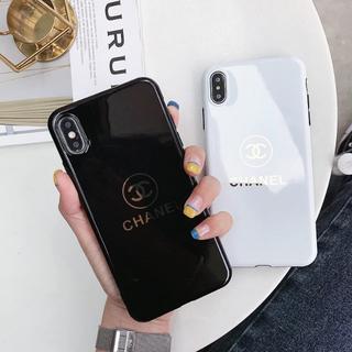 CHANEL - CHANEL シャネル iPhone ケース 大人気