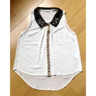 アクシーズファム(axes femme)のアクシーズ ビジュー付きシャツ(シャツ/ブラウス(半袖/袖なし))