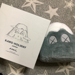 MEDICOM TOY - kaws holiday japan ぬいぐるみ
