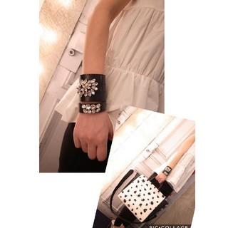 ENFOLD - petite robe noire ビジュー レザー バングル ブレスレット