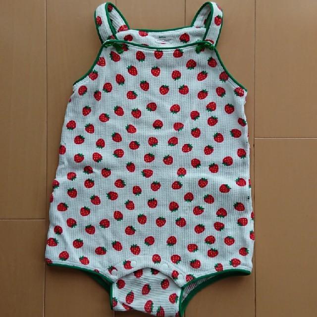 Combi mini(コンビミニ)のリボンキャスケット ノースリーブ いちご柄 キッズ/ベビー/マタニティのベビー服(~85cm)(ロンパース)の商品写真