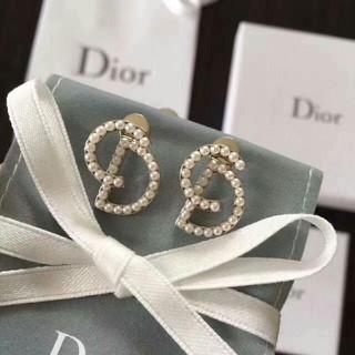 ディオール(Dior)のDior ディオール レディース イヤリング(ピアス)