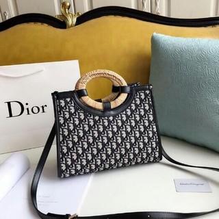 Dior - DIOR トートバッグ  32*24cm