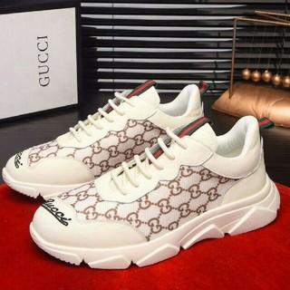 グッチ(Gucci)の❤ GUCCI スニーカー 靴 ランニングシューズ(スニーカー)