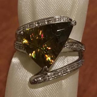 魅惑の輝き✨4ct超!スフェーン&ダイヤモンドリング 指輪 約14号 鑑別書付(リング(指輪))