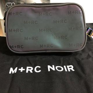 オフホワイト(OFF-WHITE)のM+RC NOIR HATE MONOGRAM BAG (ショルダーバッグ)
