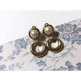 Ameri VINTAGE - vintage earring ゴールド パール モチーフイヤリング