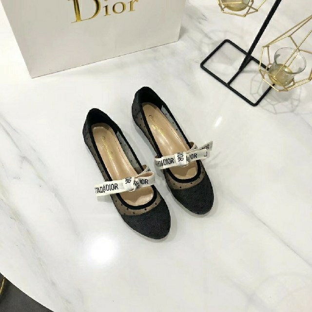 Christian Dior(クリスチャンディオール)のdiorフラットシューズ レディースの靴/シューズ(ハイヒール/パンプス)の商品写真
