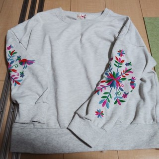 titicaca - チチカカ刺繍トレーナー