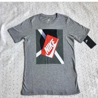 NIKE - 【新品】NIKE プリントTシャツ 140