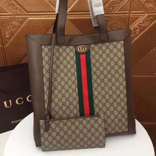 Gucci - 送料込み GUCCI トートバッグ 大人気 グッチ バッグ  M519335