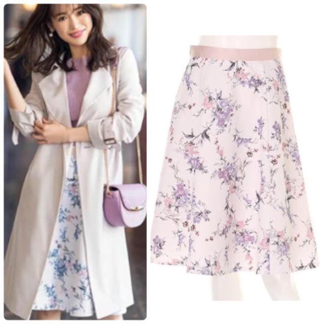 Apuweiser-riche(アプワイザーリッシェ)のアプワイザーリッシェ  花柄スカート レディースのスカート(ひざ丈スカート)の商品写真