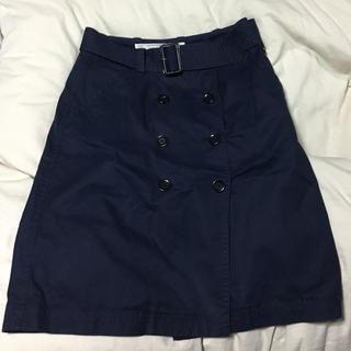 イネド(INED)のINEDスカート(ひざ丈スカート)