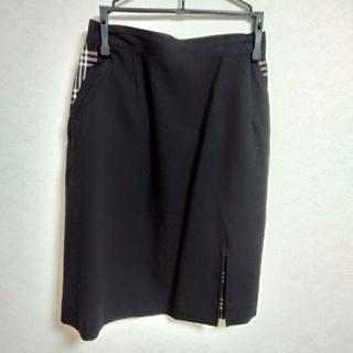 バーバリー 黒 スカート