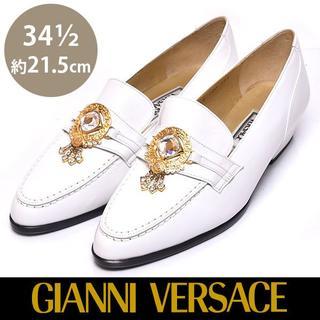 ジャンニヴェルサーチ(Gianni Versace)の新品❤️ジャンニヴェルサーチ チャーム付き ローファー 34 1/2(約21.5(ローファー/革靴)