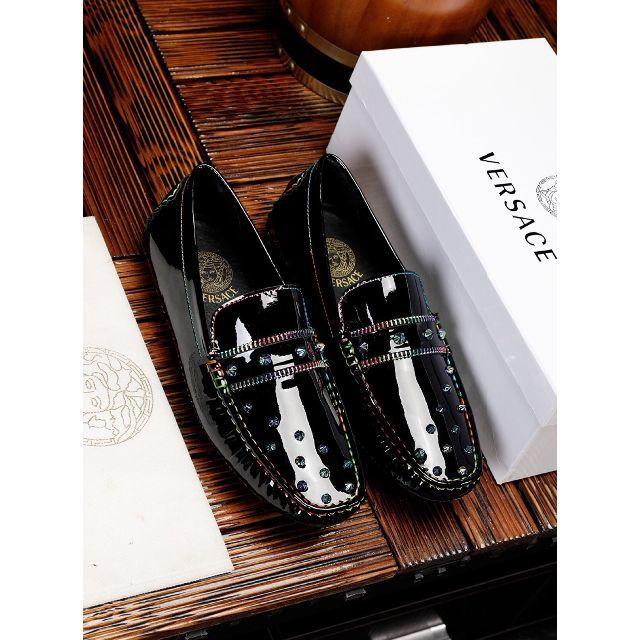 VERSACE(ヴェルサーチ)のヴェルサーチ 皮靴 メンズの靴/シューズ(スニーカー)の商品写真