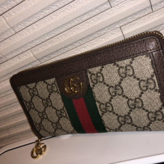 Gucci - ★ 超美品★GUCCI 長財布