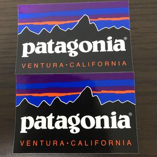 パタゴニア(patagonia)の【縦6.3cm横9.9cm】patagonia パタゴニア公式ステッカー 2枚(その他)