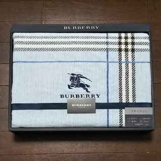 BURBERRY - BURBERRY タオルケット