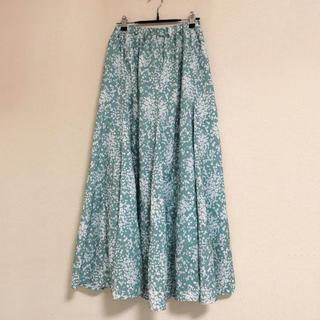 URBAN RESEARCH - アーバンリサーチ 花柄 グリーン ロングスカート