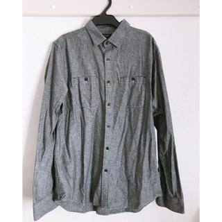 ジーユー(GU)のグレーシャツ(シャツ)