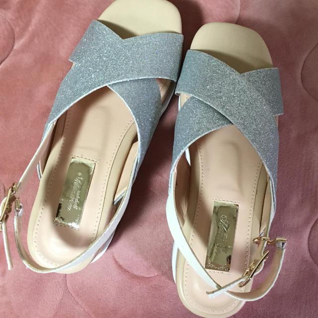 michellMacaron(ミシェルマカロン)のグリッターサンダル レディースの靴/シューズ(サンダル)の商品写真