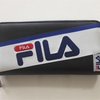 フィラ(FILA)のフィラ 刺繍 ラウンドファスナー ブラック 長財布(長財布)