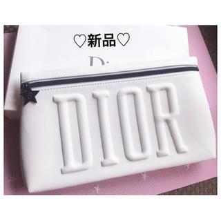Dior - ⭐️DIOR クラッチ✨ポーチ⭐️スターチャーム⭐️新品⭐️