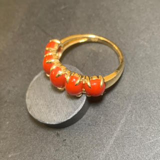 K18YG リング赤サンゴ3.20ct メレダイヤモンド0.07ct(リング(指輪))