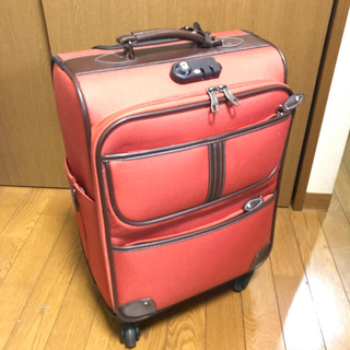 アマンダウェイクリー(Amanda Wakeley)の値下げ中 機内持込可 スーツケース TSAジッパーロック付き(スーツケース/キャリーバッグ)