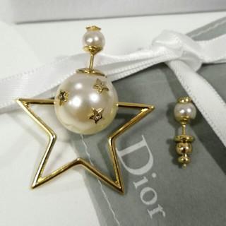 Dior - Dior ピアス✩刻印ロゴ 真珠飾り プレゼント
